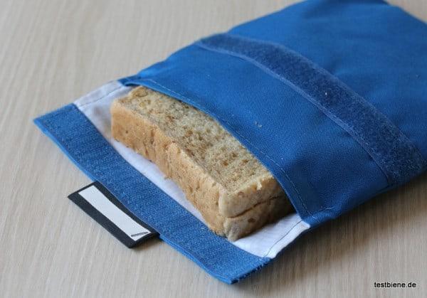 auch ein großes Sandwich hat im Snack´n Go Platz