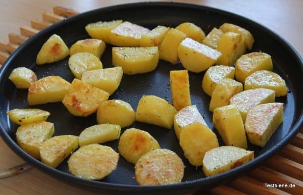 Rosmarin Kartoffeln auf der Crisp-Platte