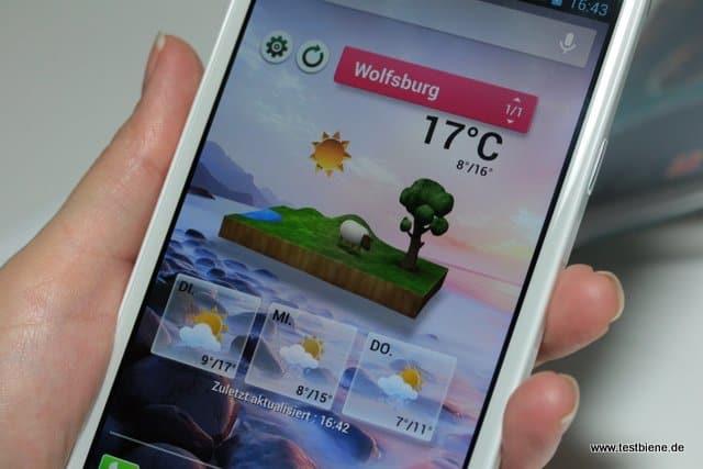 das 3D Wetter mit dem grasenden Schaf ist großartig