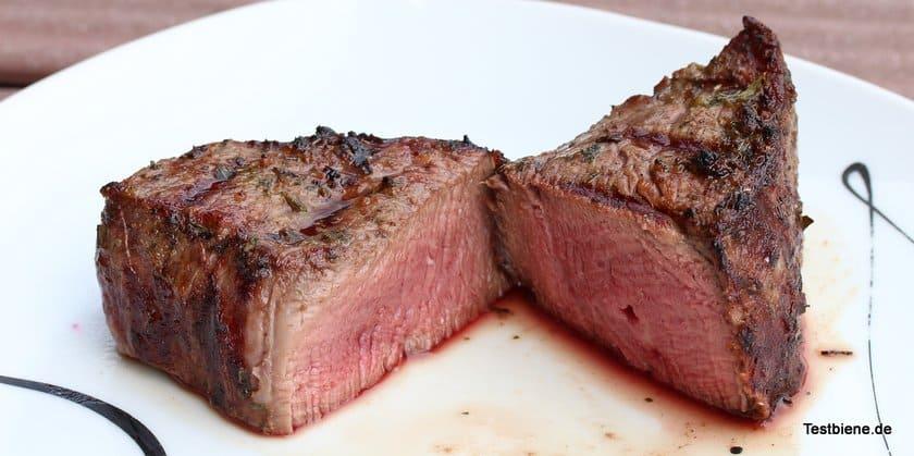 Sobald die LED Leuchte erlischt ist das Steak perfekt medium gebraten